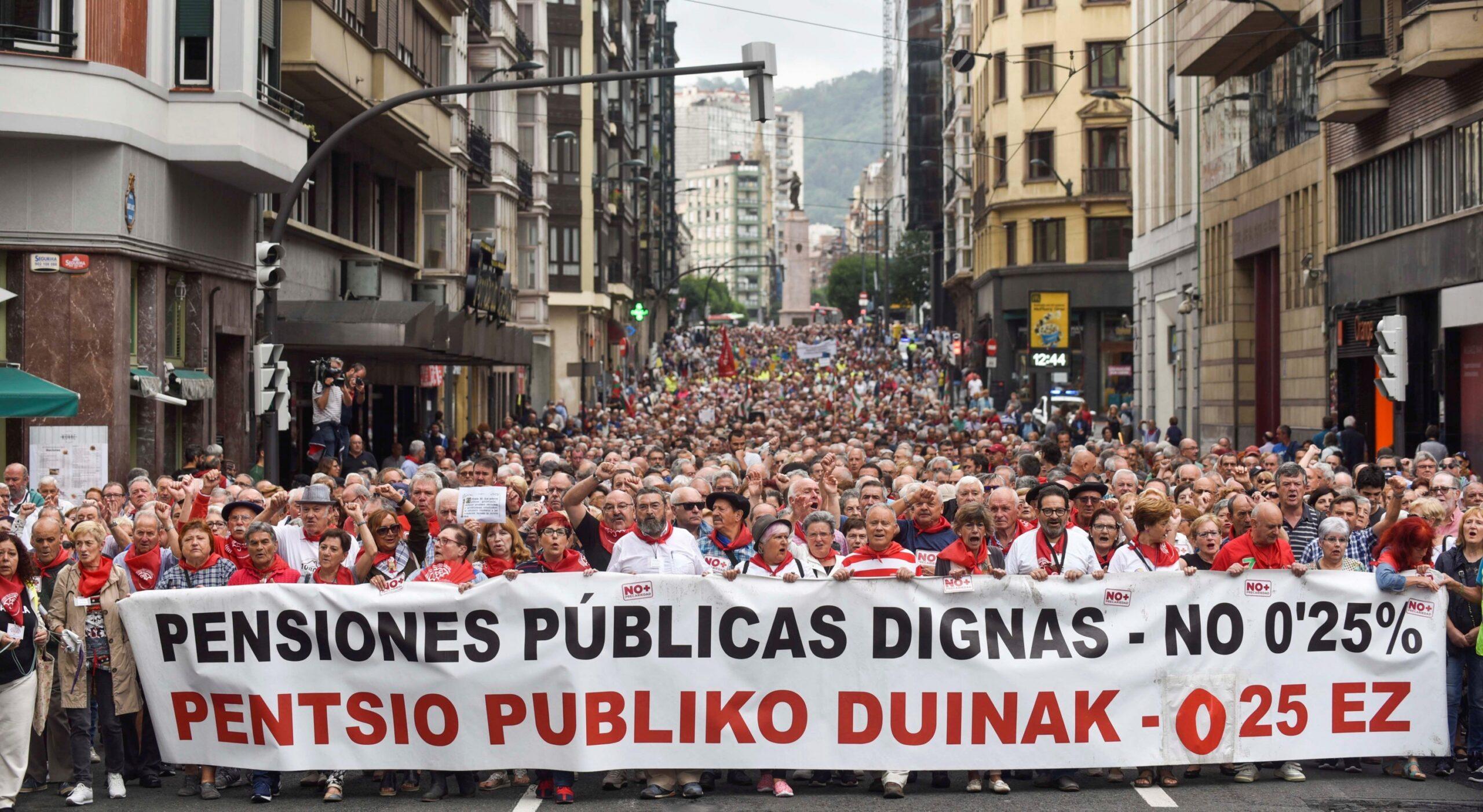 Las pensiones públicas siempre son un problema para el capitalismo ¡O ellos o nosotros!